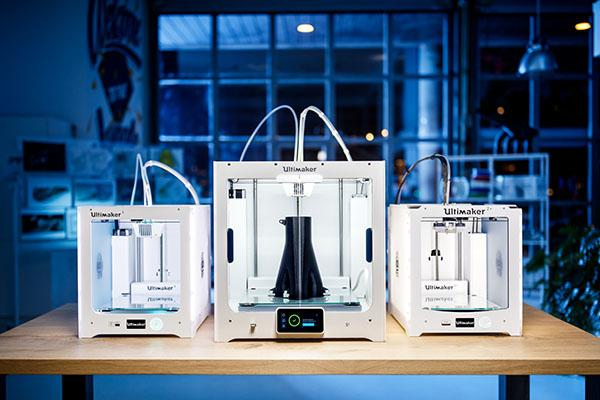 Ultimaker-s5-machine-impression-3d-a3dm