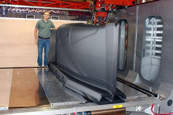 piece-fabrication-additive-3-metres-boeing-thermwood